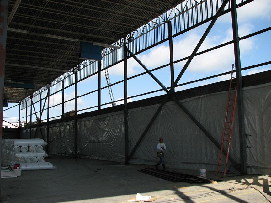 Warehouse Roof Lifting